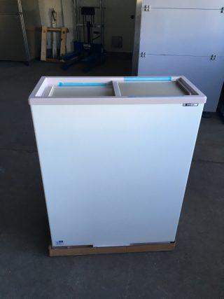 【未使用品】冷凍ストッカー コンパクトフリーザー/サンデン PF-070XF 2016年製